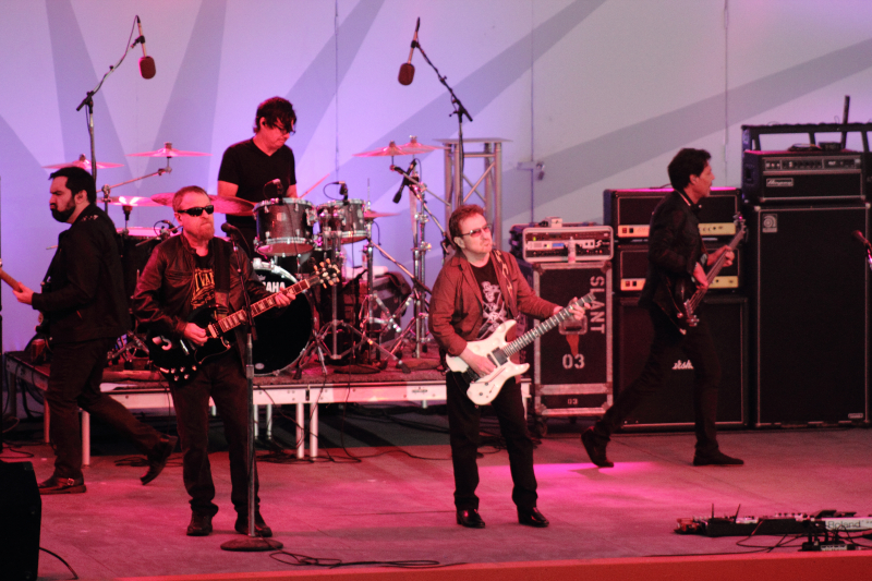 Blue Oyster Cult294